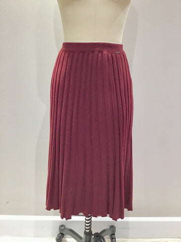 Ribbed Knit Skirt in Bordeaux Wine