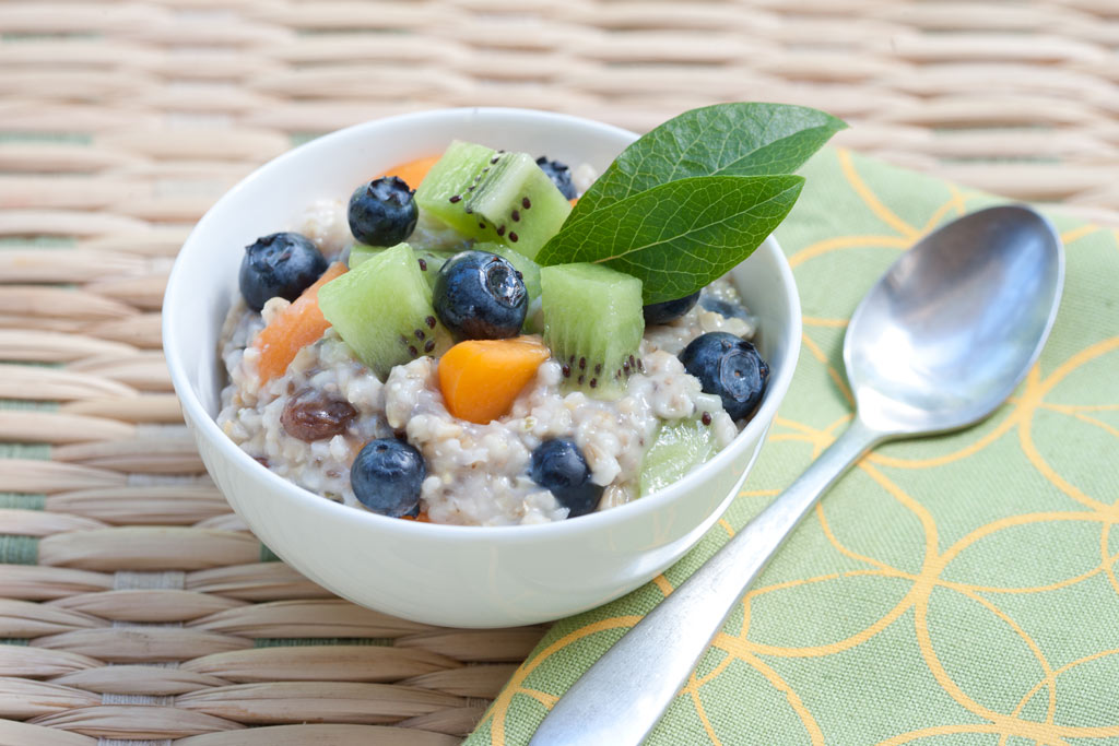 Steel Cut oats recipe with fresh fruit