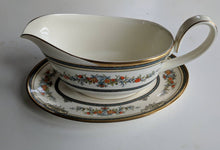 Load image into Gallery viewer, Minton 'Stanwood' Gravy Boat