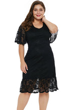 Load image into Gallery viewer, Black Plus Size Lace Dress