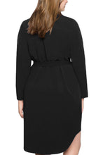 Load image into Gallery viewer, Black Diagonal Button Detail V Neck Plus Size Dress