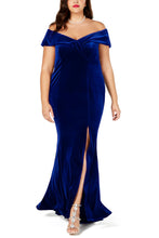 Load image into Gallery viewer, Blue Plus Size Off-The-Shoulder Velvet Gown