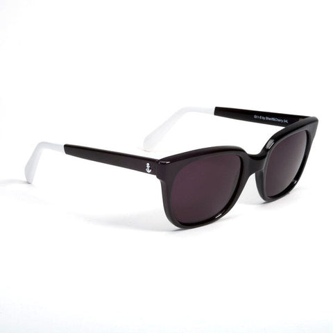 SHERIFF & CHERRY Classic Black Sunglasses