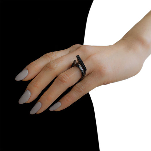LYNN BAN Black Diamond Stackable Jagged Knuckle Ring