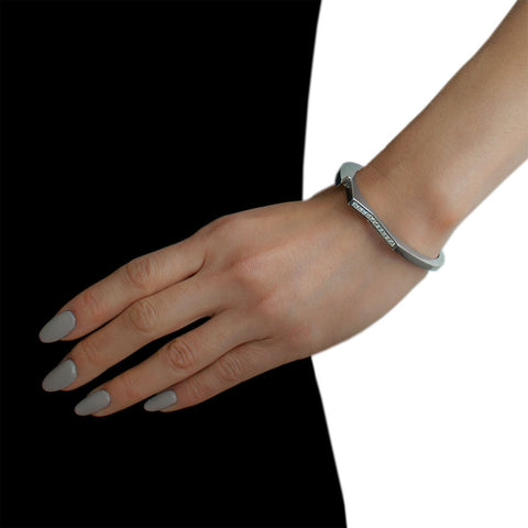 LYNN BAN Diamond Hinge Handcuff Bangle