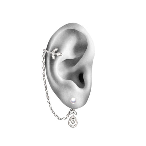 YVONNE LÉON Dessous D'oreille Feuilletis Diamond Chain Ear Cuff White Gold Ear Mockup
