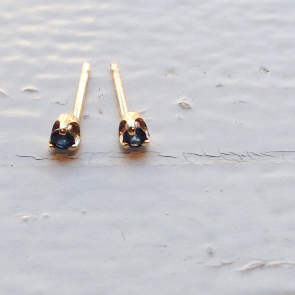 sapphire earrings by vancouver bc jewelry designer solid 14k yellow gold