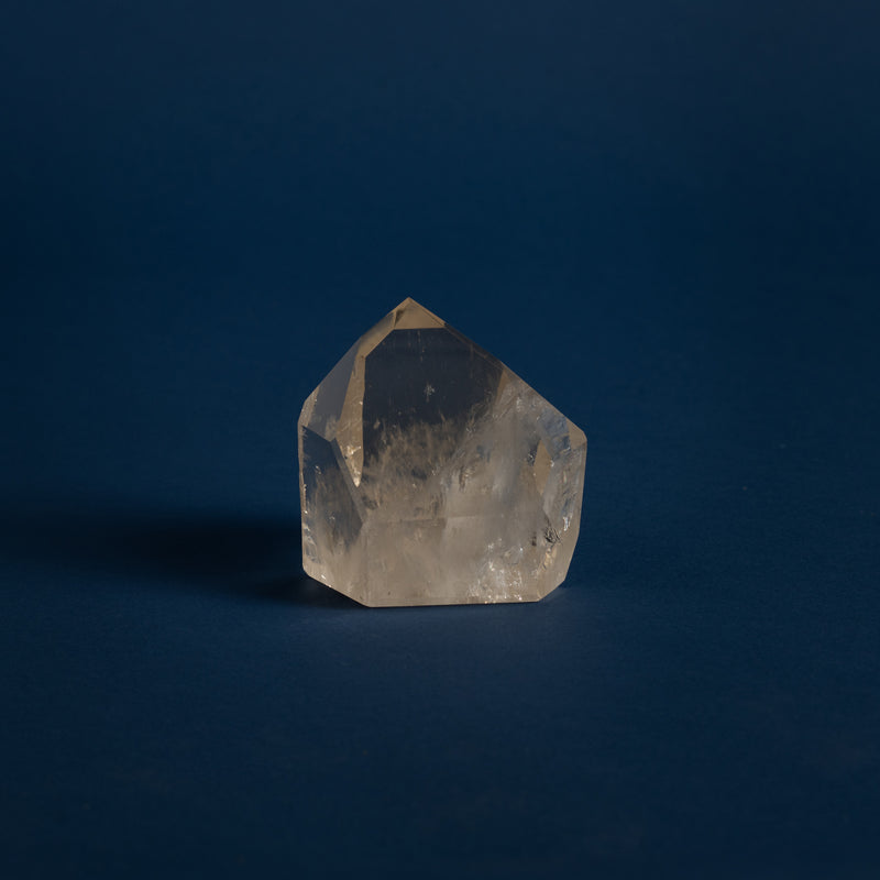 Clear Quartz Point 1.5 kg