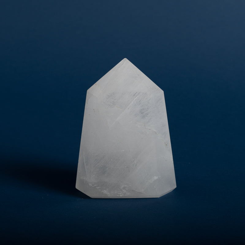 Cloudy Quartz Point - 195