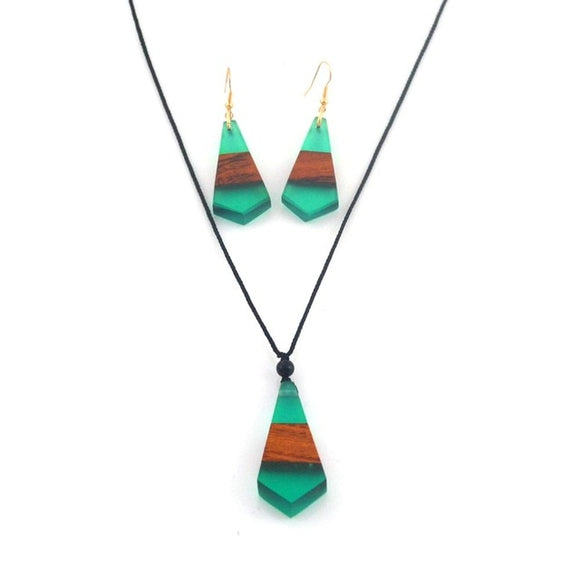 Green Wood & Resin Necklace/Earring Set
