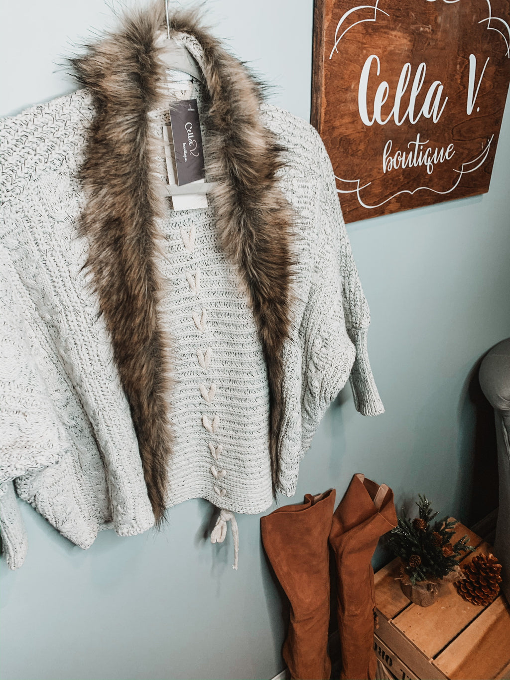 Woven knit cardigan with faux fur detail on edge
