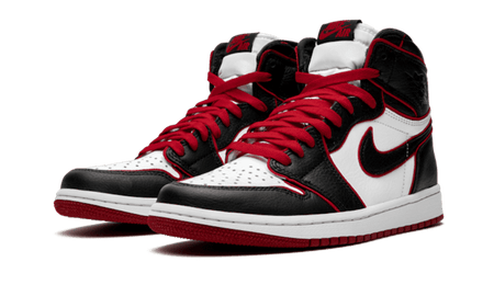 "Nike Air Jordan 1 Retro High ""Bloodline"" Black and red front"