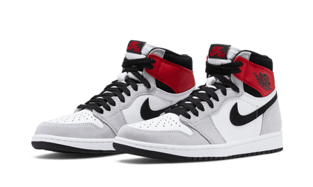 "Air Jordan 1 Retro High ""Light Smoke Grey"""