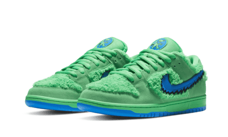 "Dunk Low SB x Grateful Dead ""Green Bears"""