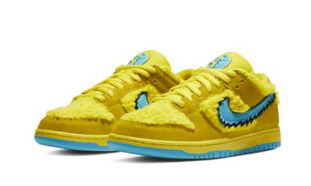 "Dunk Low SB x Grateful Dead ""Yellow Bears"""