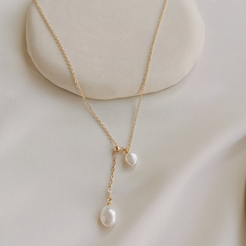 PearlLover | Jade II Duet Pendant Necklace  Zenelia Jewel PearlLover Collection freshwater baroque keshi pearl 14k gold filled zenelia jewel pearl jewellery pearl necklace keshi pearl earrings baroque pearl bracelet fashion jewellery sterling silver earrings choker