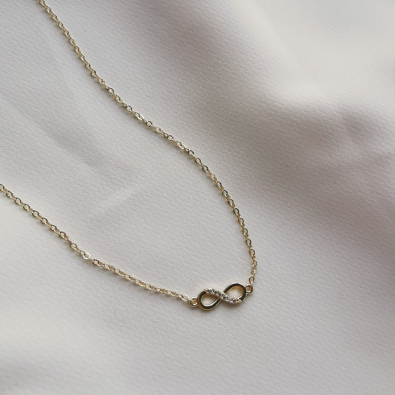 Rise | Tessa Infinity Pendant Necklace