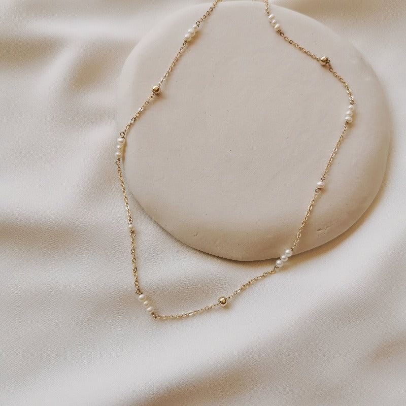 Mini | Helen Pearl & Bead Necklace