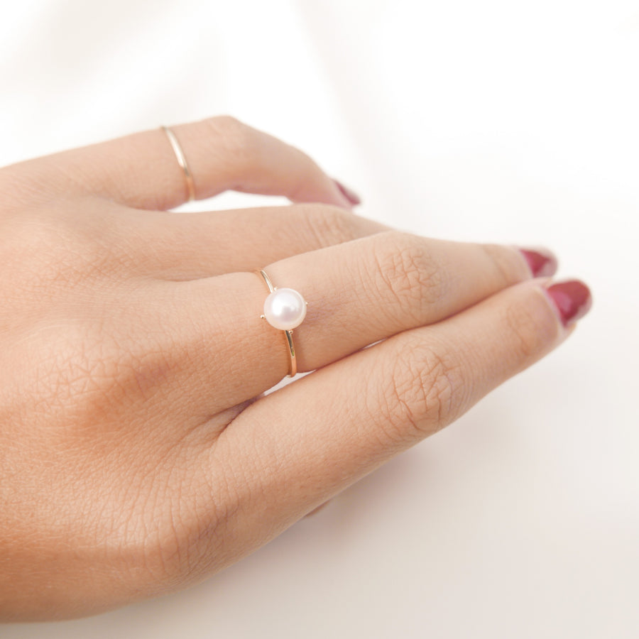 Essentials | Estelle Pearl Ring