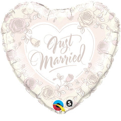 "Just Married Roses - 18"" Foils"