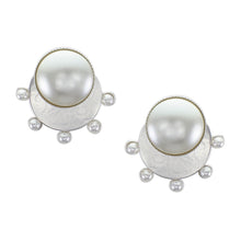 Load image into Gallery viewer, Radial Pearls Earrings
