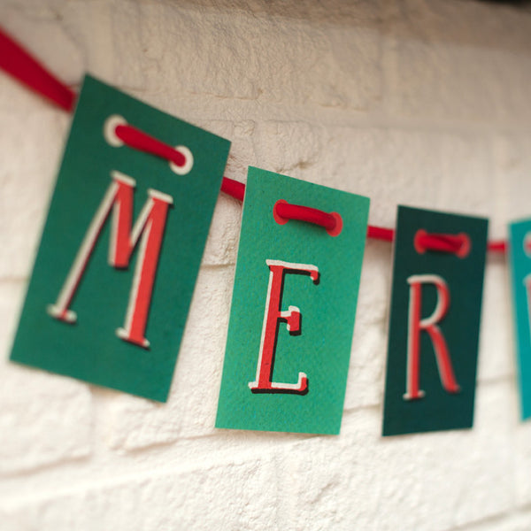 Merry Christmas Garland & Ribbon