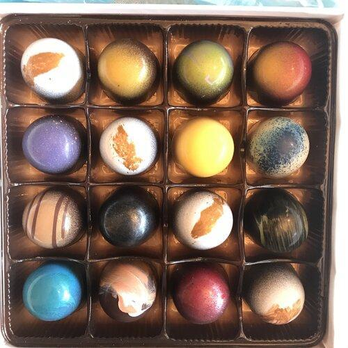 Chocolate Bonbons - Set of 16 by Dolcetta Artisan Sweets