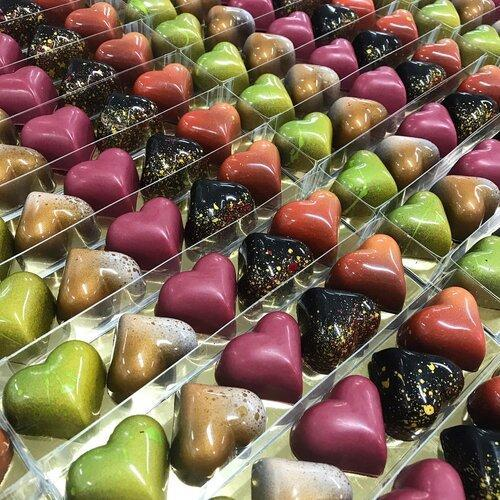 Chocolate Heart Bonbons - Set of 5 by Dolcetta Artisan Sweets