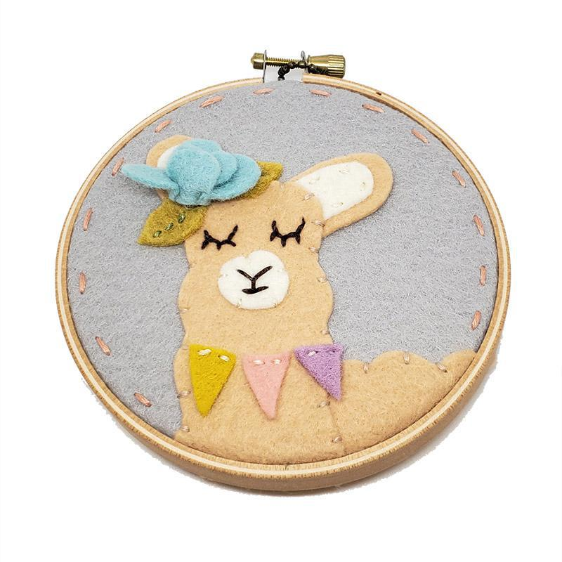 Hoop Art - Llama 4in by Catshy Crafts