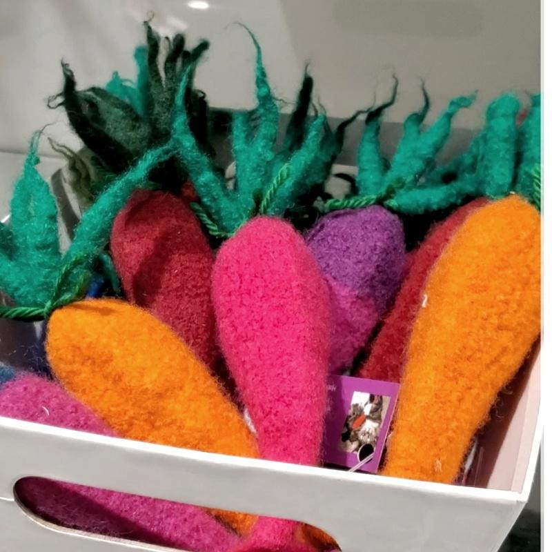 Cat Toy - Kitty Karrots (Assorted Colors) by Snooter-doots