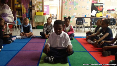 Yoga Exercises Added to US School Programs