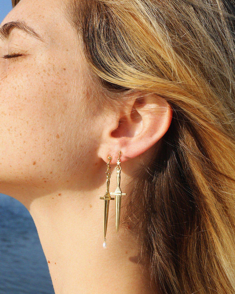 dagger earring with a pearl droplet