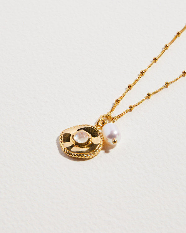 gold plate necklace with coin and pearl