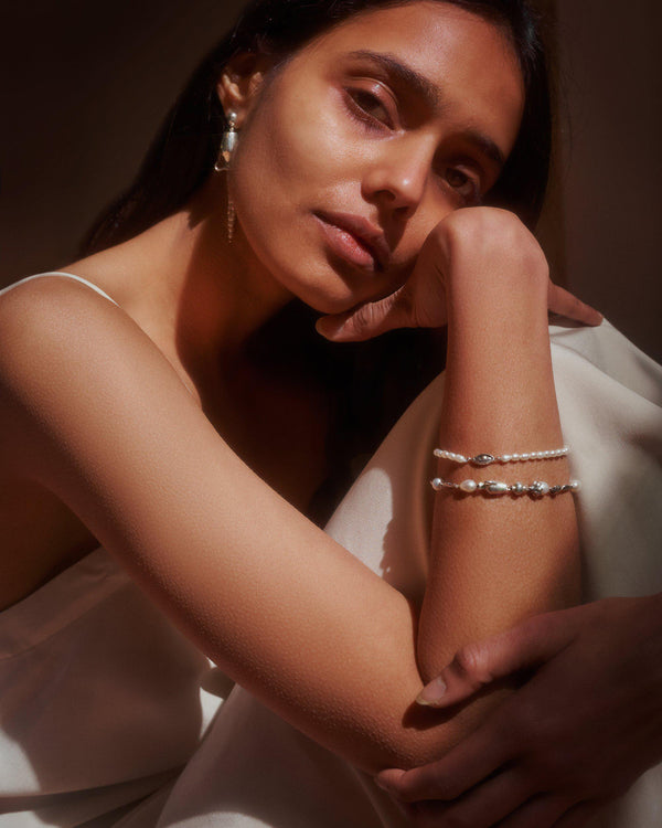 pearl jewelry on the model