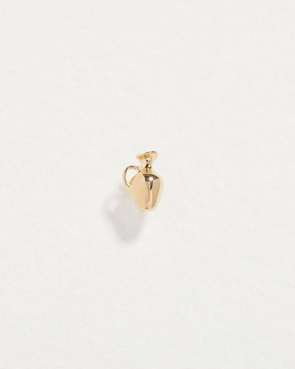 gold vessel stud earring