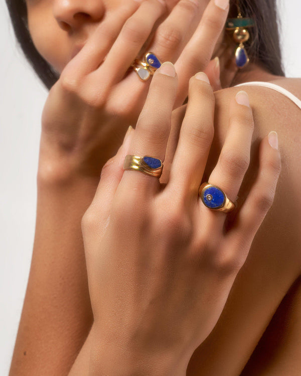 lapis rings on the models hand