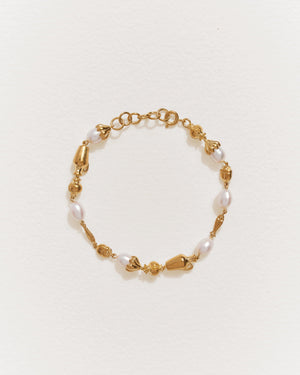 mythologie bracelet with 14k gold plate and pearls