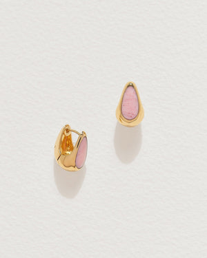 pink opal inlay hammered hoop earrings with gold plate