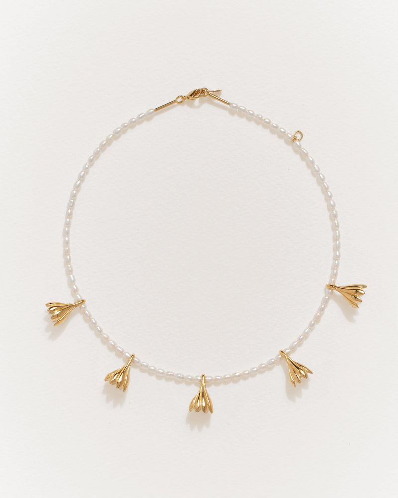 anemone pearl necklace with 14k yellow gold plate