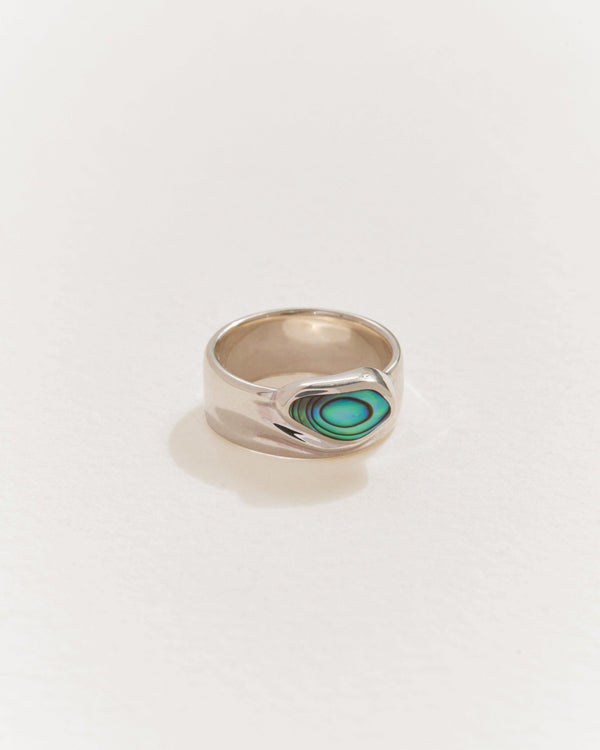 palma cigar ring with sterling silver and abalone