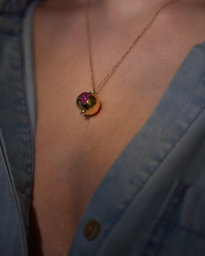 18k yellow gold pomegranate necklace with ruby