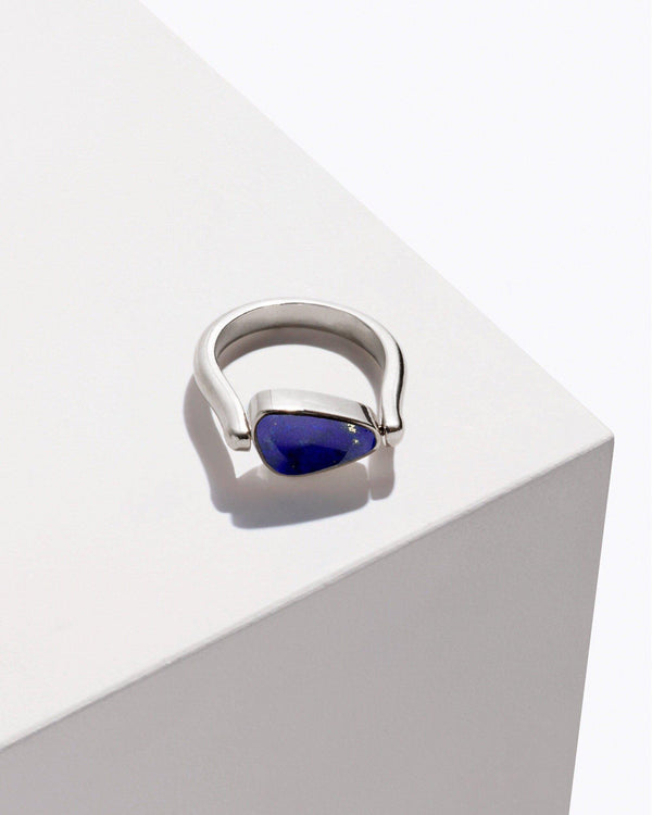 rotating pilar ring with lapis
