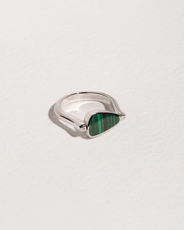 rotating pilar ring with sterling silver and malachite