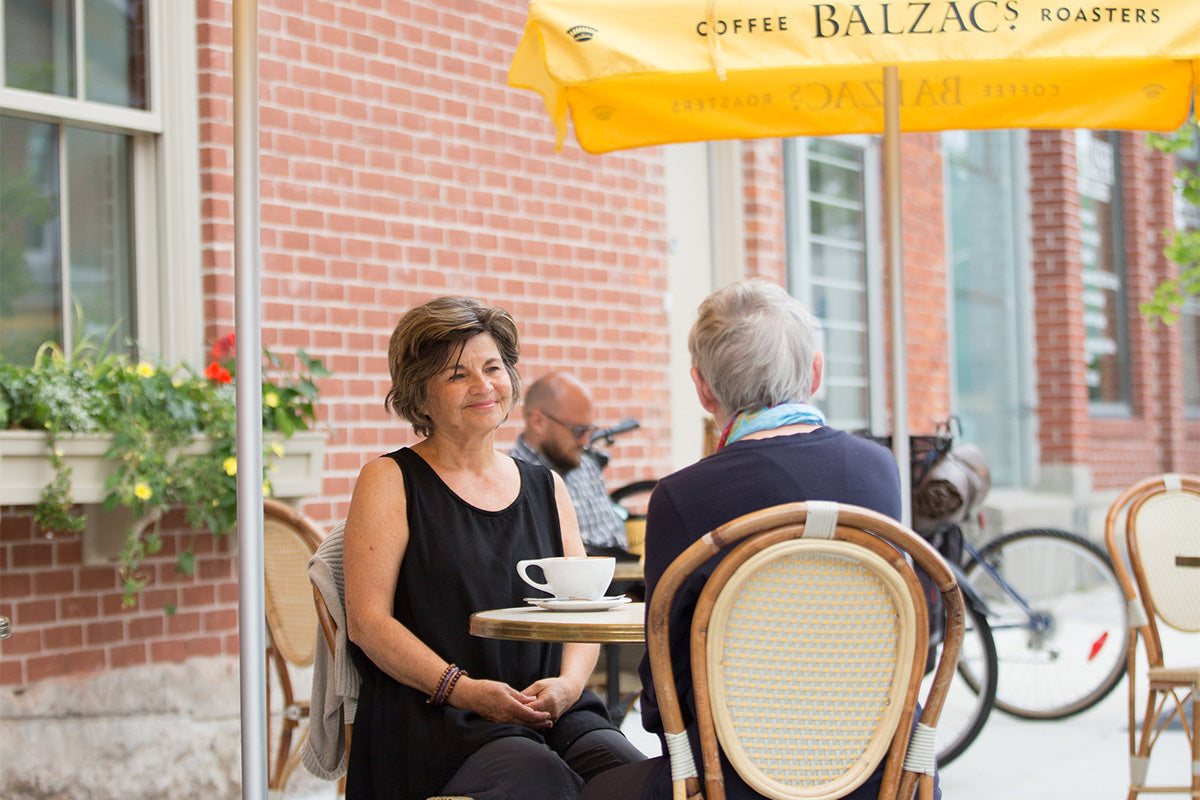 Balzacs Coffee Kingston Customers sitting at Patio