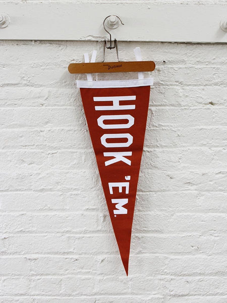 Hook Em Pennant - Old Try