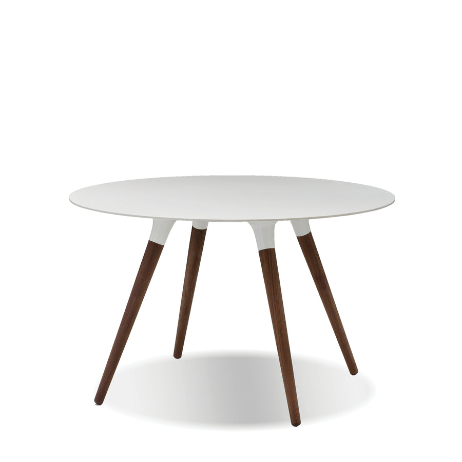 Sokks Round Dining Table