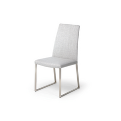 Trica Curvo Chair