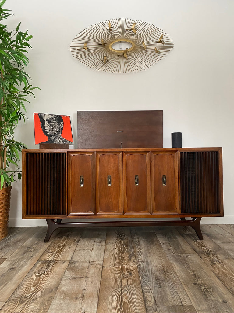 The Vintedge Co™ - ZENITH Vintage Record Changer Stereo Console AM FM Bluetooth Alexa