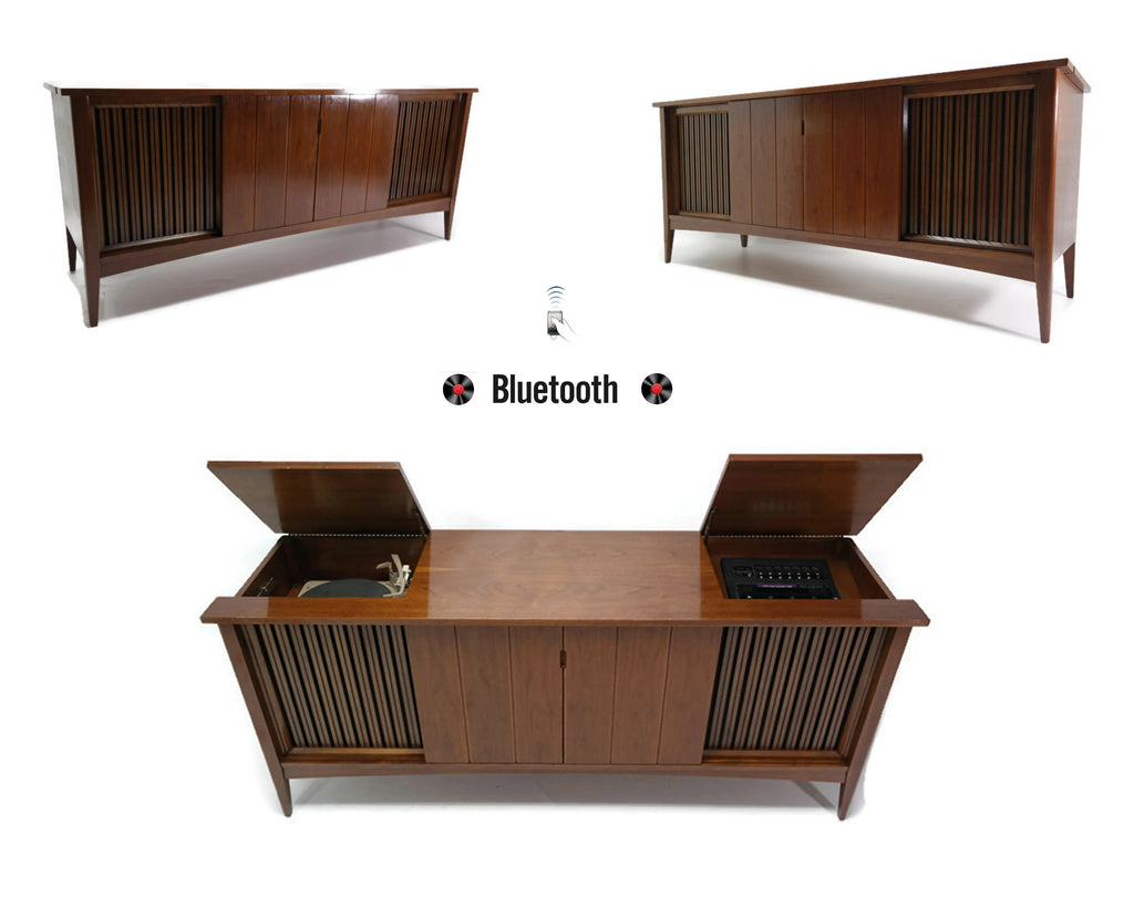 The Vintedge Co™ - CLAIRTONE Mid Century Record Player Changer Stereo Console