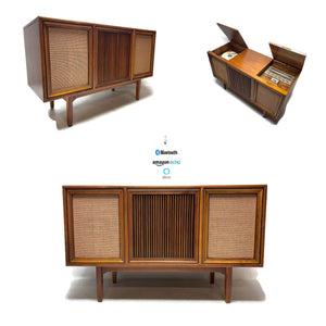 The Vintedge Co™ - MOTOROLA 3-Channel Mid Century Stereo Console Record Player Changer AM FM Alexa Bluetooth